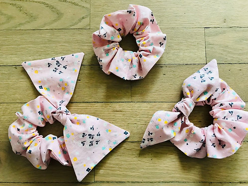 Scattered Flowers Scrunchies