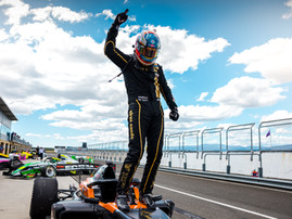 RANDLE WINS OPENING S5000 ROUND ON RACING RETURN