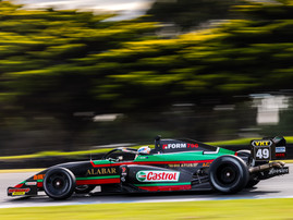 RANDLE EAGER TO EXTEND CHAMPIONSHIP LEAD AT SANDOWN