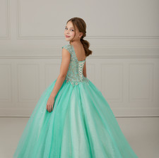 Tiffany_Princess_13647_25.jpg