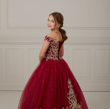 Tiffany_Princess_13649_29.jpg