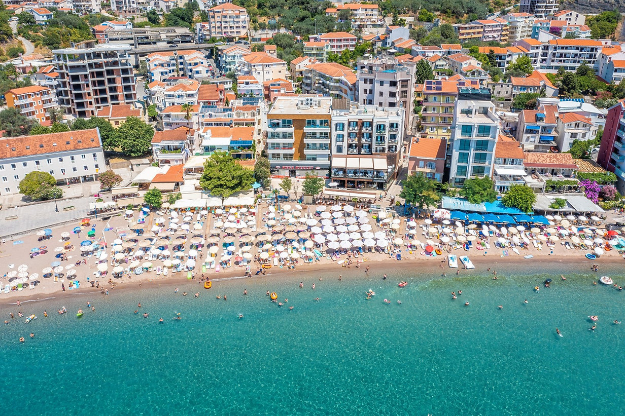 شقة فاخرة على البحر في الجبل الأسود