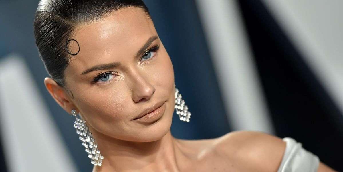 Adriana Lima model عارضة الازياء ادريانا ليما