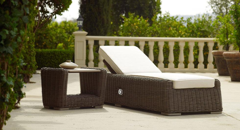 Brown Jordan Tangiers Chaise Lounge
