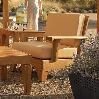 Saranac Lounge Chair
