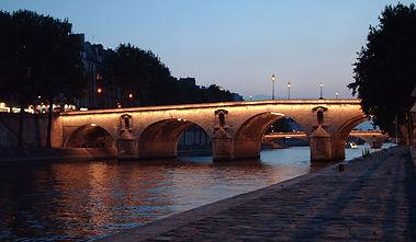 1200px-Pont_Marie.jpg