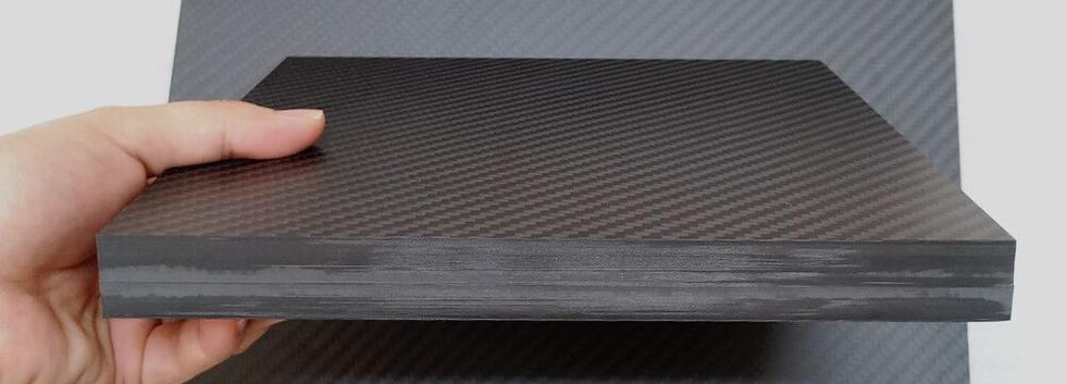 20mm thick carbon fiber plate