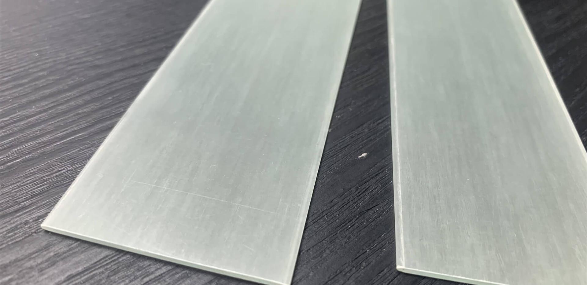 Fiberglass bow limbs transparent.jpg