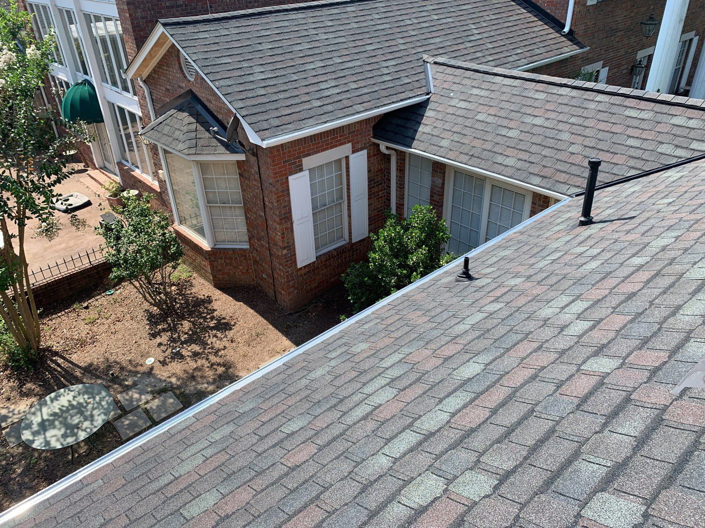 GAF Camelot II with Golden Plege Roofing Warranty in Florence, Alabama