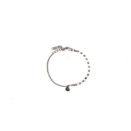 Tiny heart charm bracelet -Silver