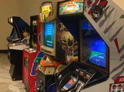 arcade + sports lounge logo-13
