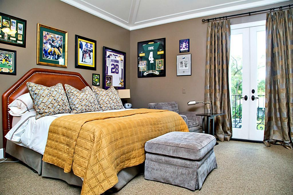 4911 Holly Bedroom Sports.jpg