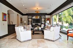 4911 Holly Living Room 3.jpg