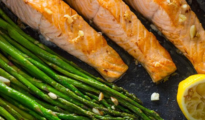 Salmon fillet, Asparagus