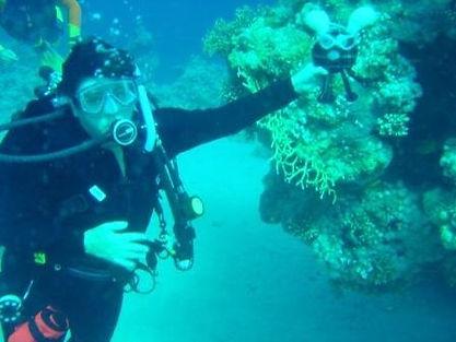 clay diving.jpg