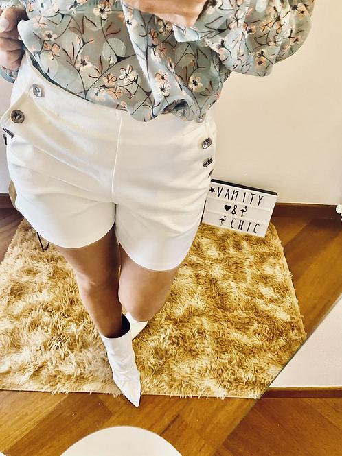 Shorts bottoni