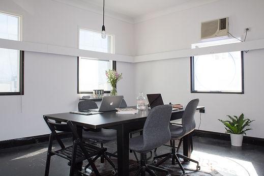 CleanOfficeSpace.jpg
