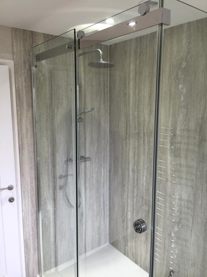 Glass shower unit