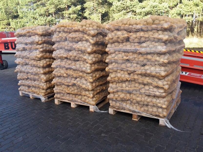 25 kg maišeliai ant palečių