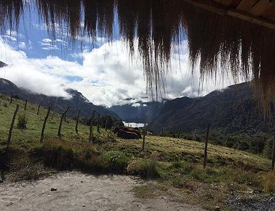 vista_laguna_cabaña.jpg