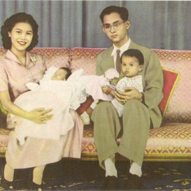 The King : What role does the royal family play in Thailand?