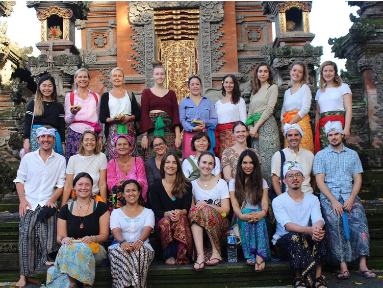 Akasha Yoga Academy Bali 300 Hour 2019 -