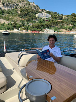 Mr Superyachts reading Smart Yacht Marketing 101