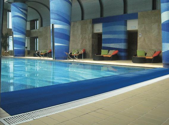 Ideal para orillas de piscina, para evitar accidentes