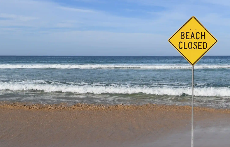 beach closed 2.png