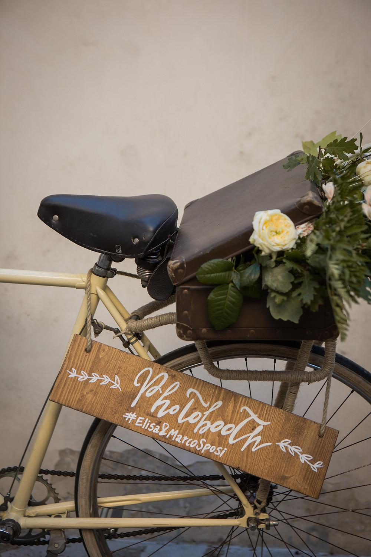 Photo Booth matrimonio in legno dipinto a mano