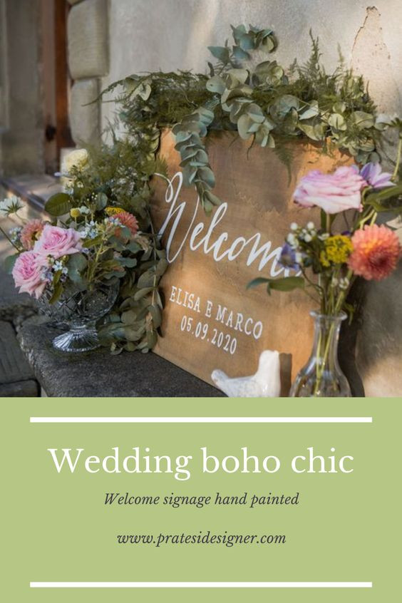 welcome signs calligraphy on wood photobooth wedding rustic chic