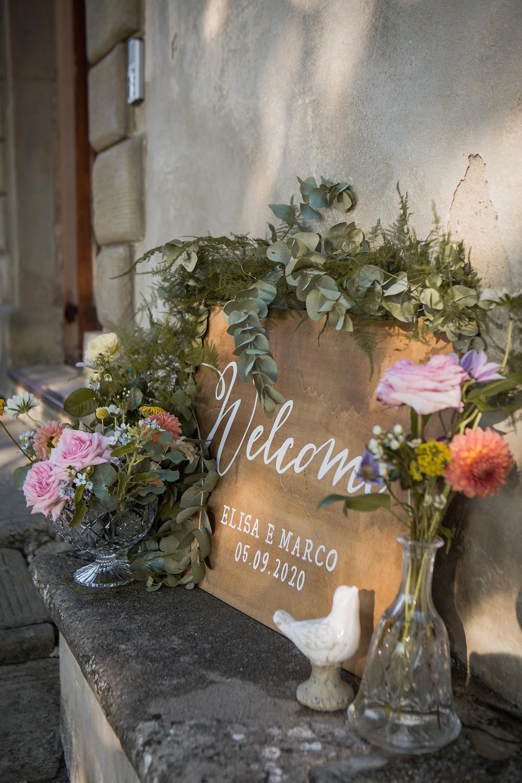 Insegna matrimonio in legno dipinta a mano welcome