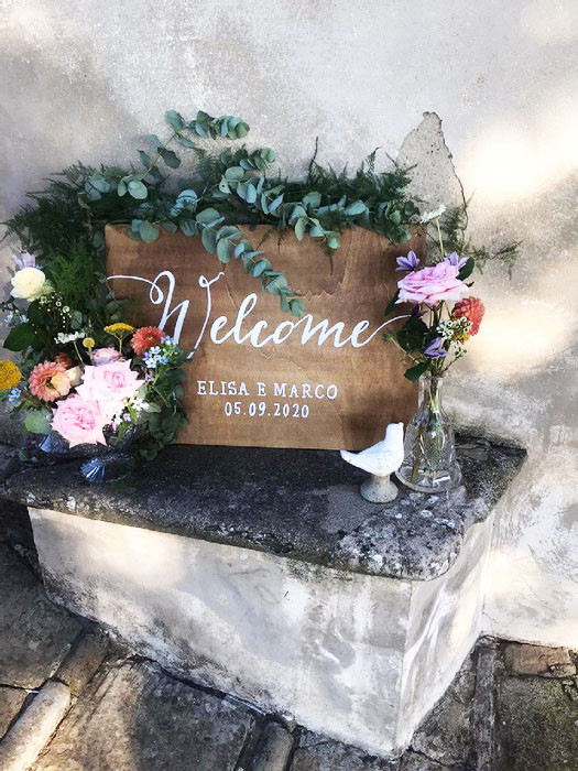 Welcome Wedding signs hand painted