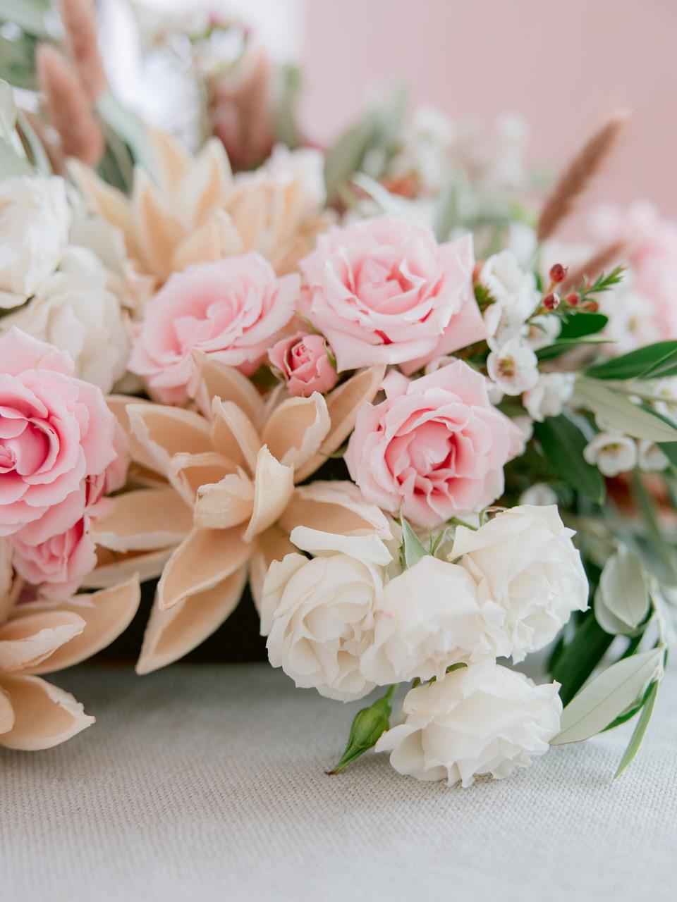 Wedding flower bride bouquet