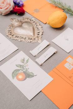 ceralacca  fiori botanici - illustrazioni personalizzate partecipazioni matrimonio fiori d'arancio calligrafia tuscany wedding invitation