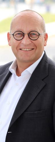 Dr. Ulrich Küsthardt