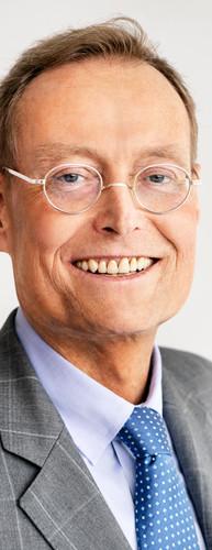 Dr. Christian Becker