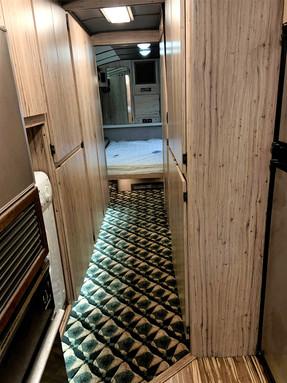 83 Prevost Hallway