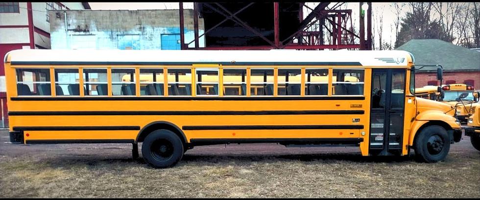 2012 International Bus Right Side.jpg
