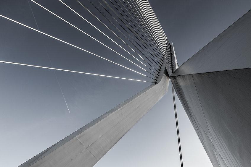 suspension-bridge-1081936_1920.jpg