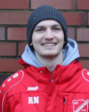 Riaan Neutzner          Trainer