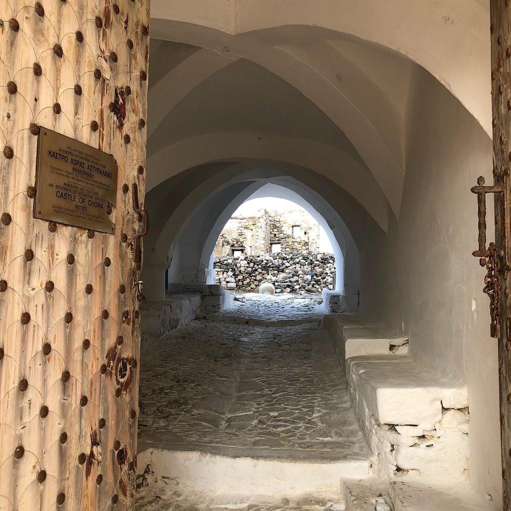 Είσοδος κάστρου