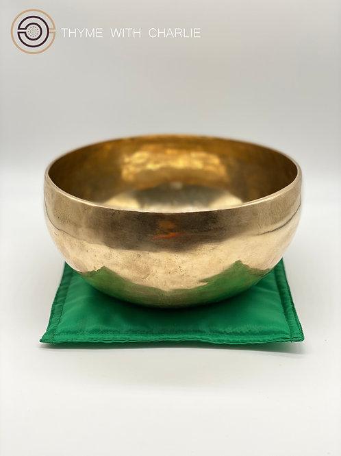 Handmade Singing Bowl - Anahata, Heart Chakra
