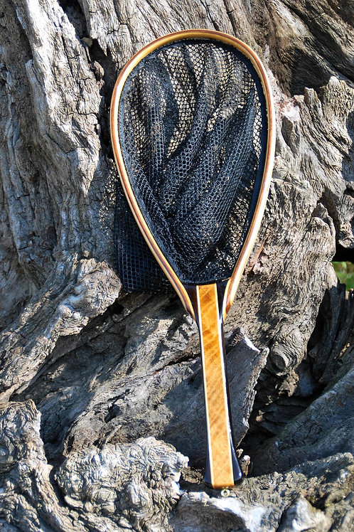 Wanut with quilted oak handle