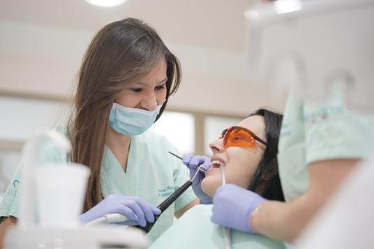 parodontologija.JPG