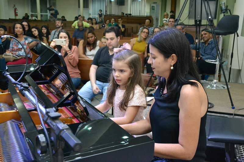05_07_2019 - Recital (19) (Copy)