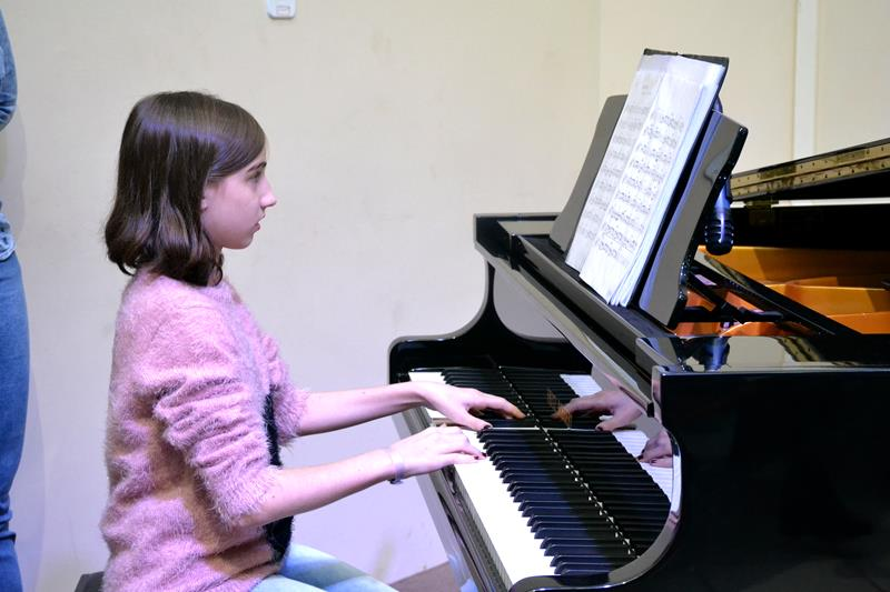 06_07_2019 - Recital (27) (Copy)