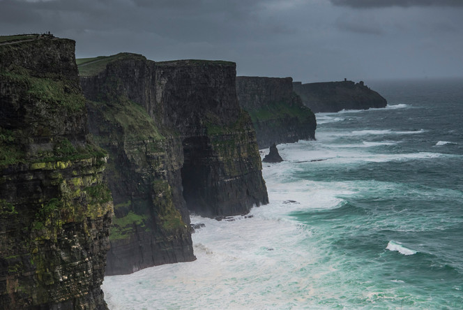 WoW_Cliffs_of_Moher_Ireland_0001.jpg