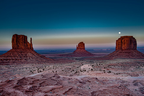 Monument_Valley_0002.jpg