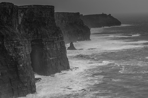Ireland_Cliffs_of_Moher_0001.jpg